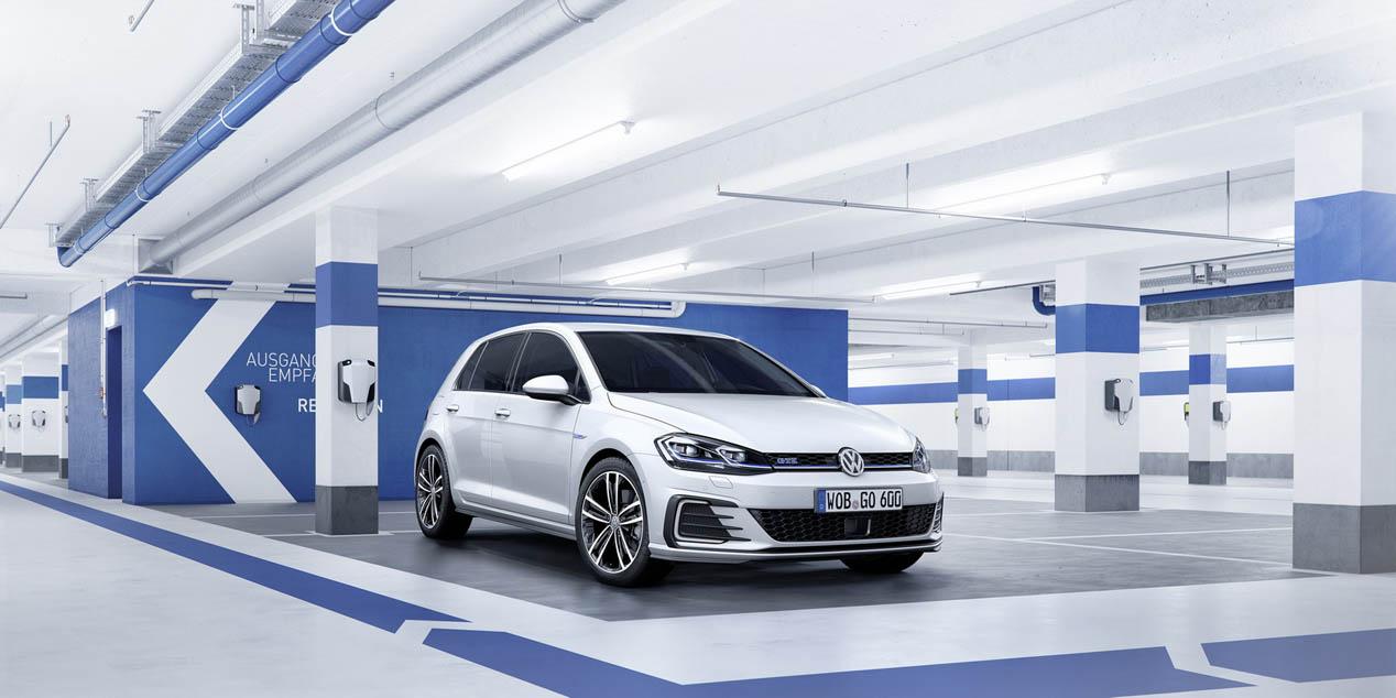 Los Volkswagen Golf GTE y GTD 2017 ya admiten reservas en Europa