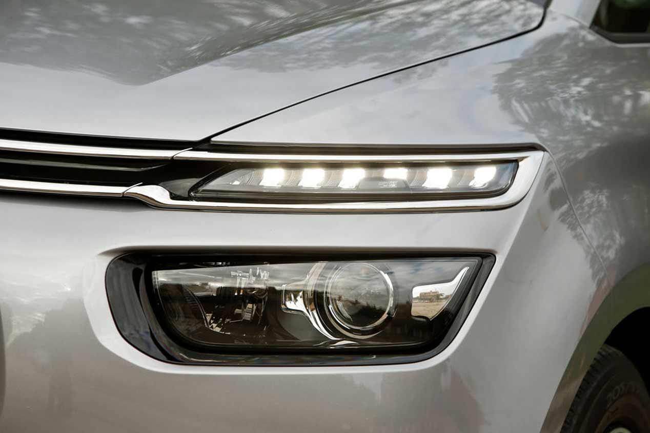A prueba los Renault Scénic y Citroën C4 Picasso