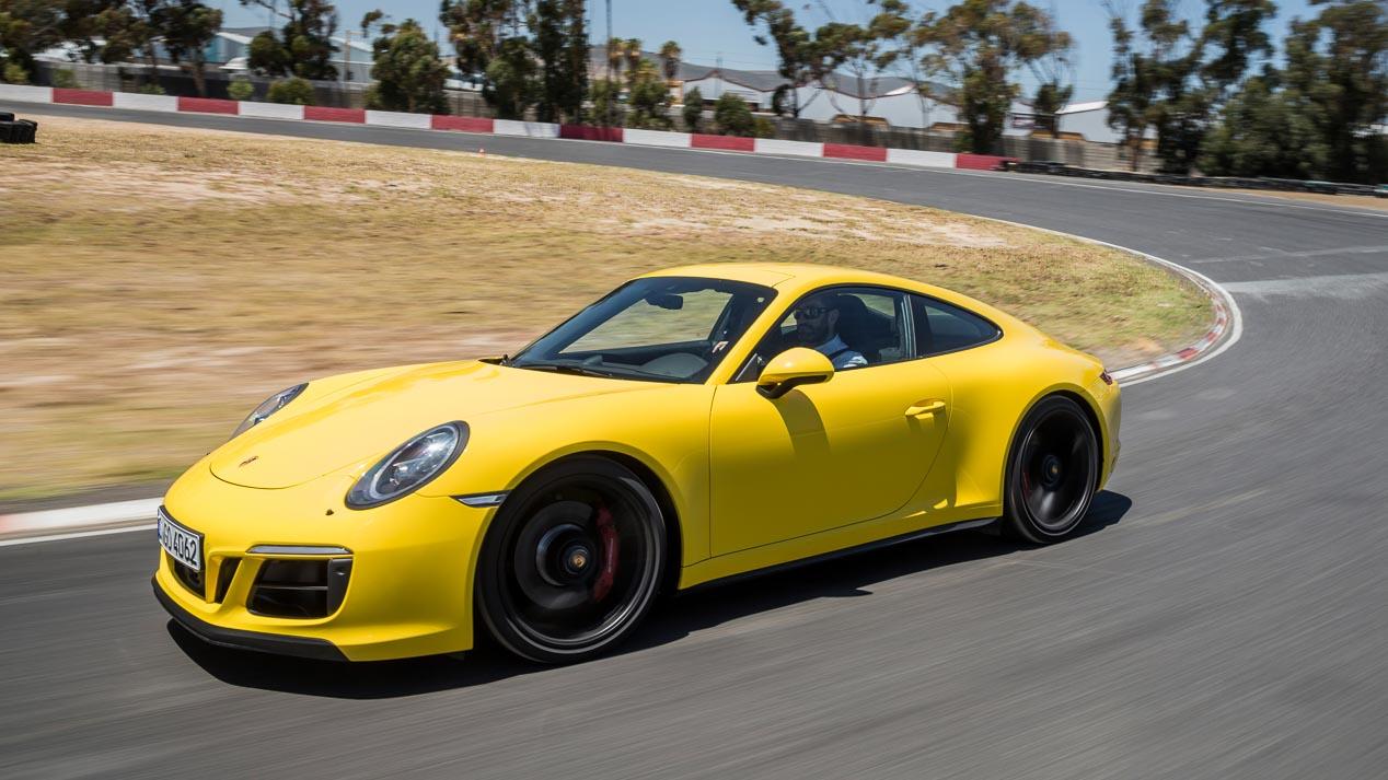 Porsche 911 GTS, un súperdeportivo que enamora cada día o en circuito