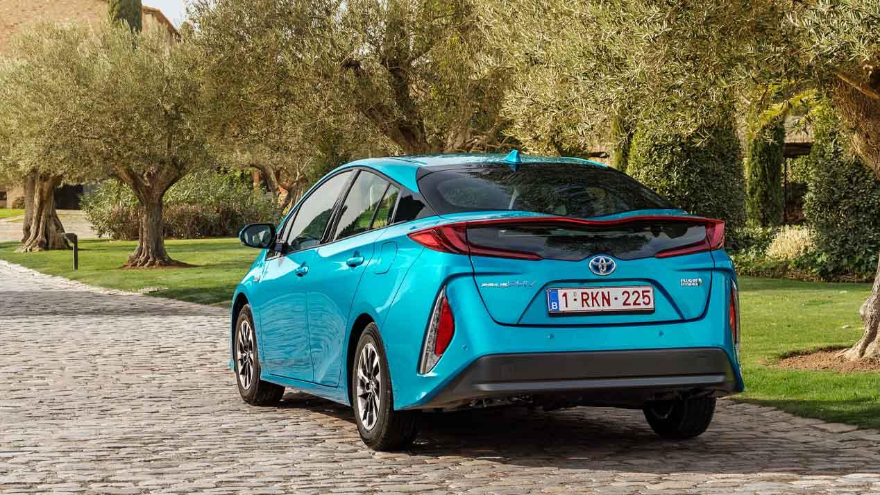 Toyota Prius Plug-in 2017, nueva generación del híbrido enchufable