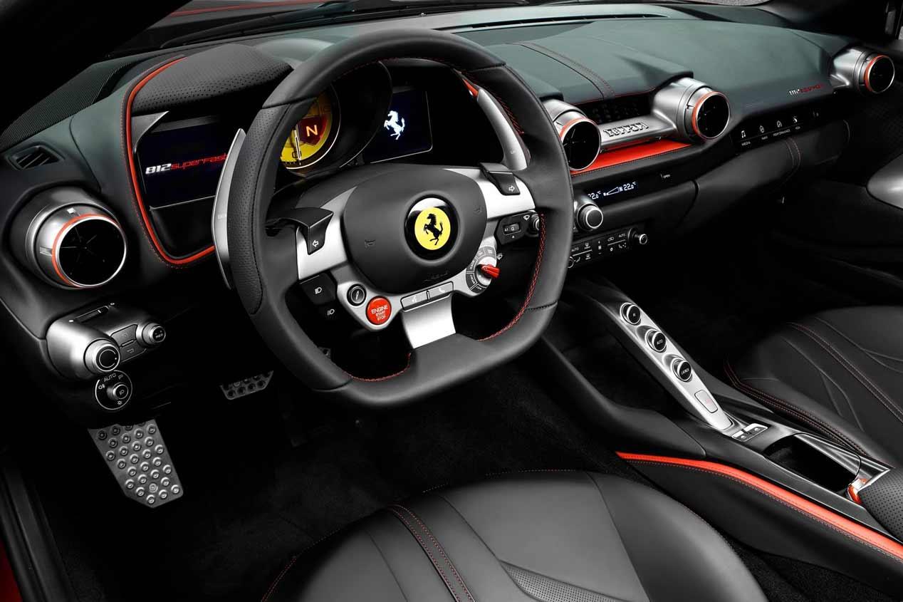 Ferrari 812 Superfast en el Salón de Ginebra 2017