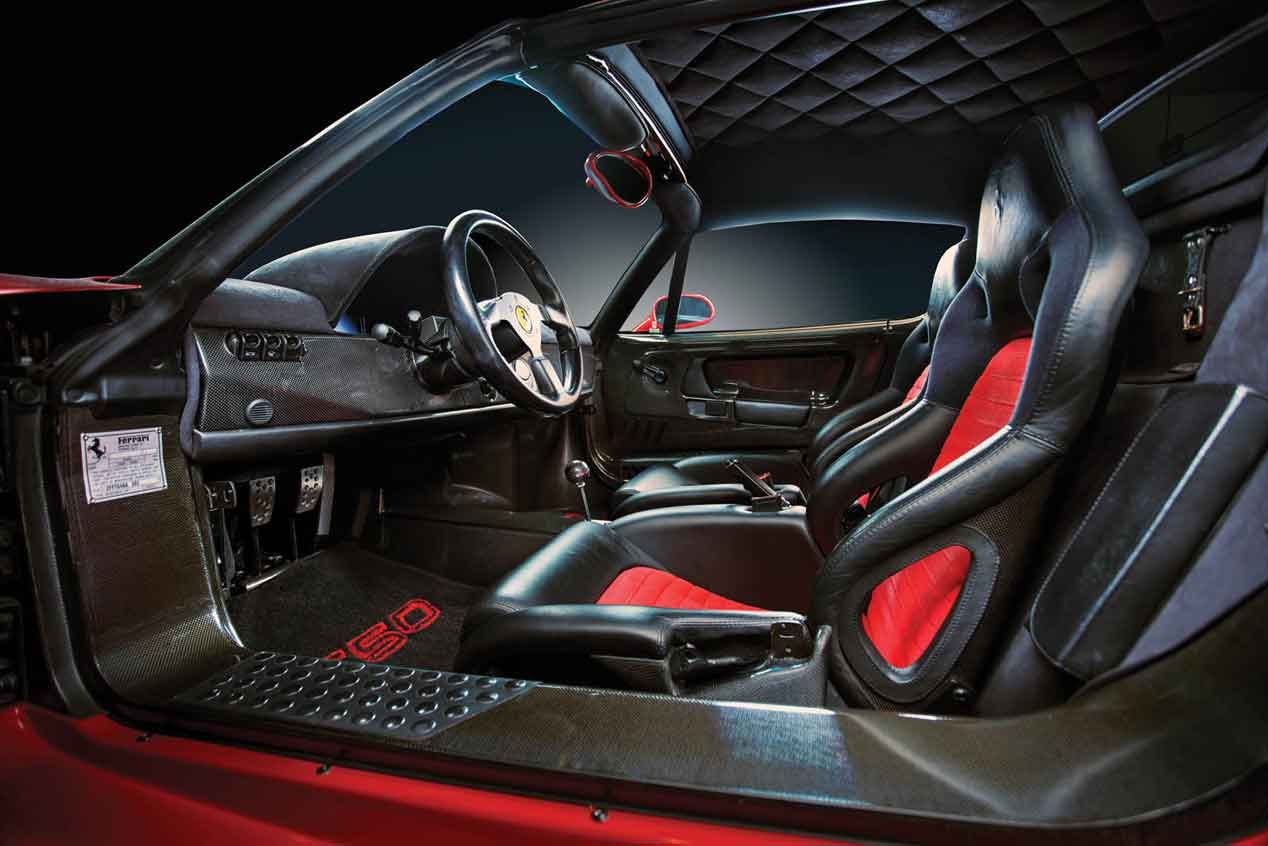 Sale a subasta el Ferrari F50 que perteneció a Mike Tyson