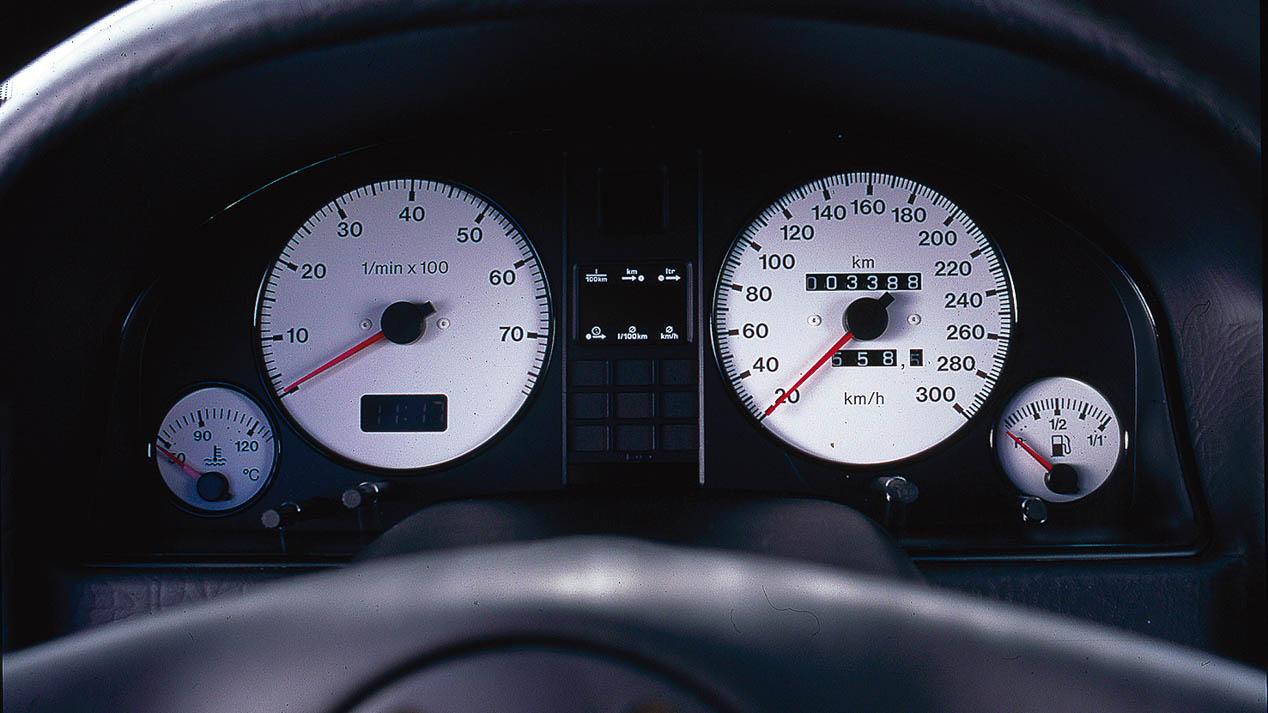 Prueba del Audi RS2, un deportivo mítico