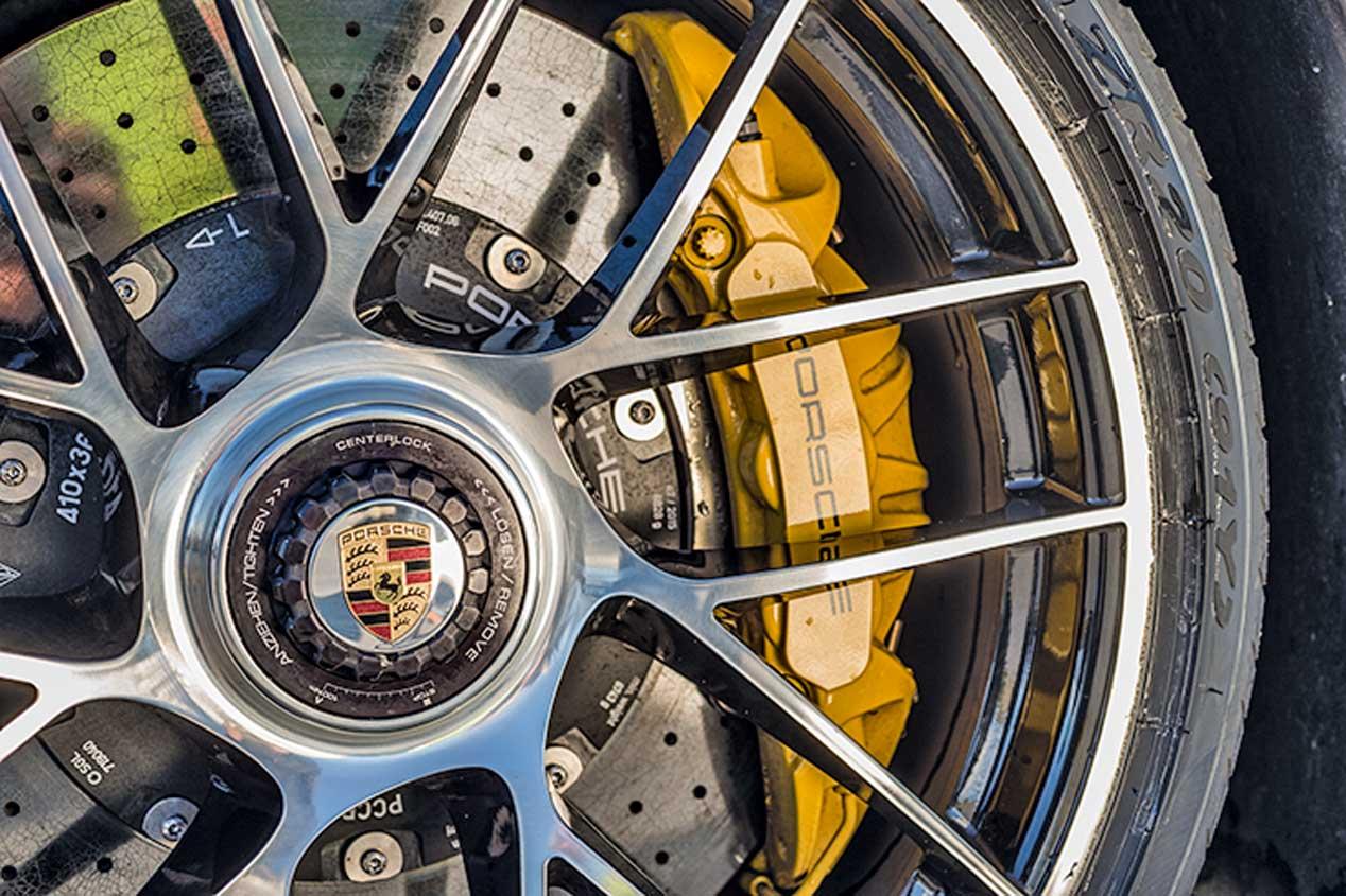 Novedades en la gama Porsche 911: nuevos colores, más potencia