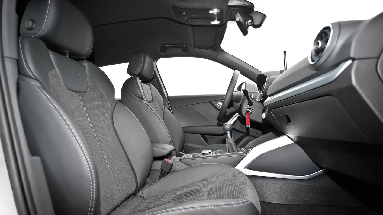 Comparativa: Audi Q2 1.6 TDI vs Honda HR-V 1.6 i-DTEC