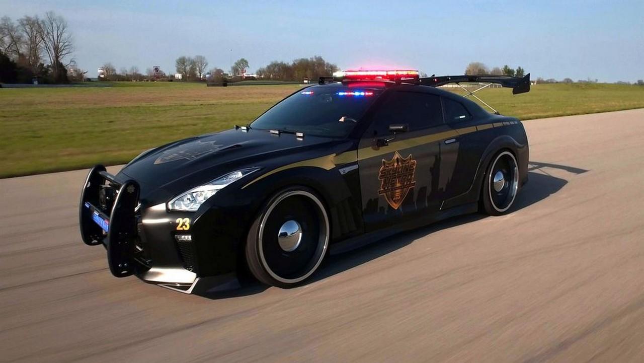 Ford Police Responder Hybrid Sedan y Nissan Copzilla, los futuros coches patrulla de la policía estadounidense