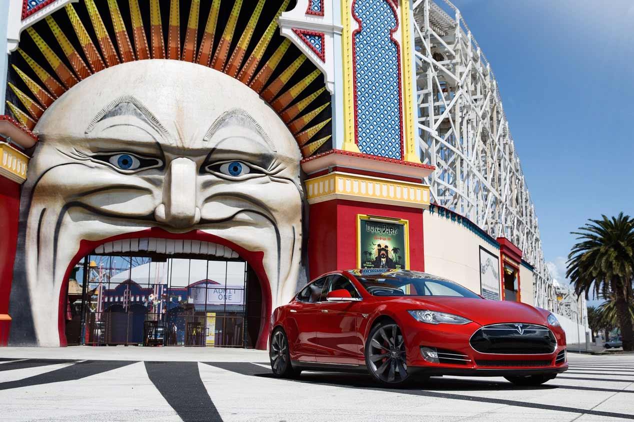 Tesla llama a revisión al Model X y al Model S