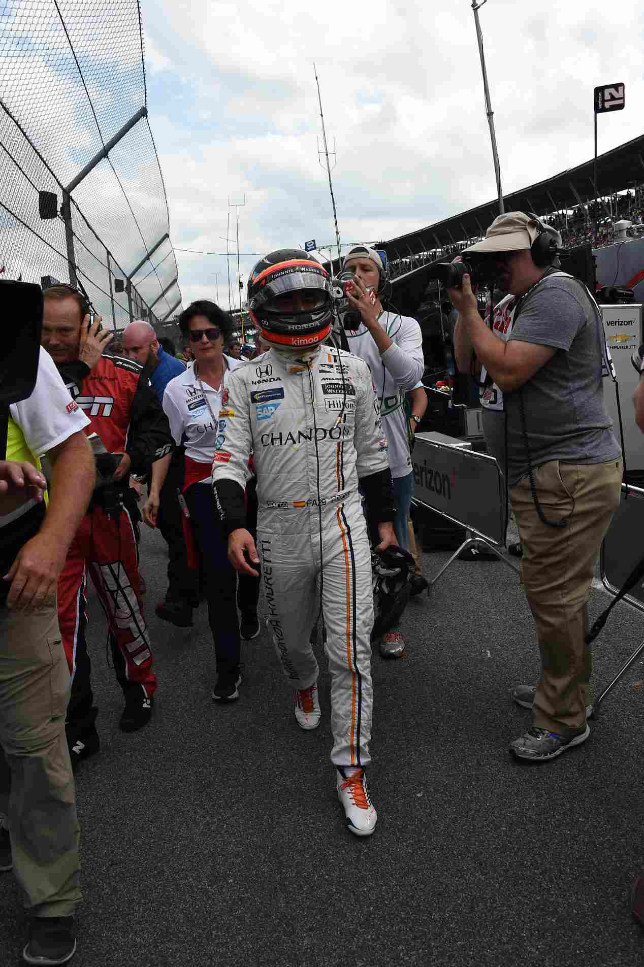500 Millas de Indianápolis: Alonso, fuera de carrera al romper el motor