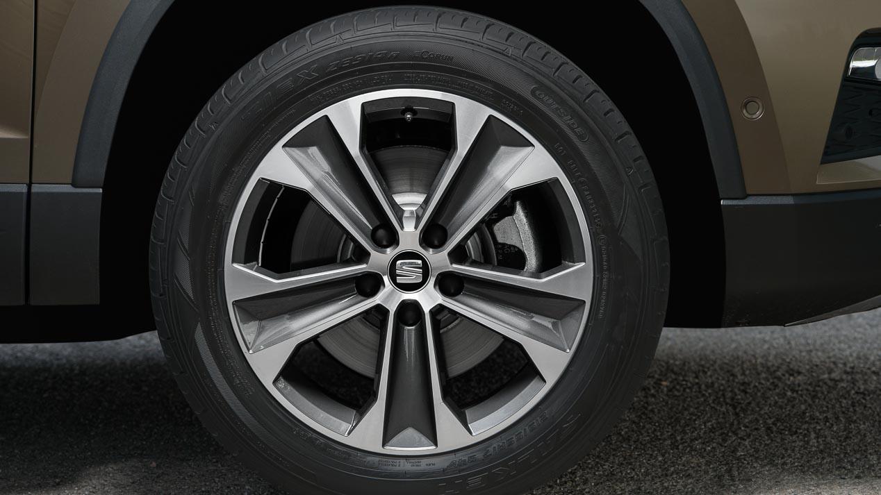 Hyundai Tucson 1.7 CRDi vs Seat Ateca 1.6 TDI: duelo a mediciones