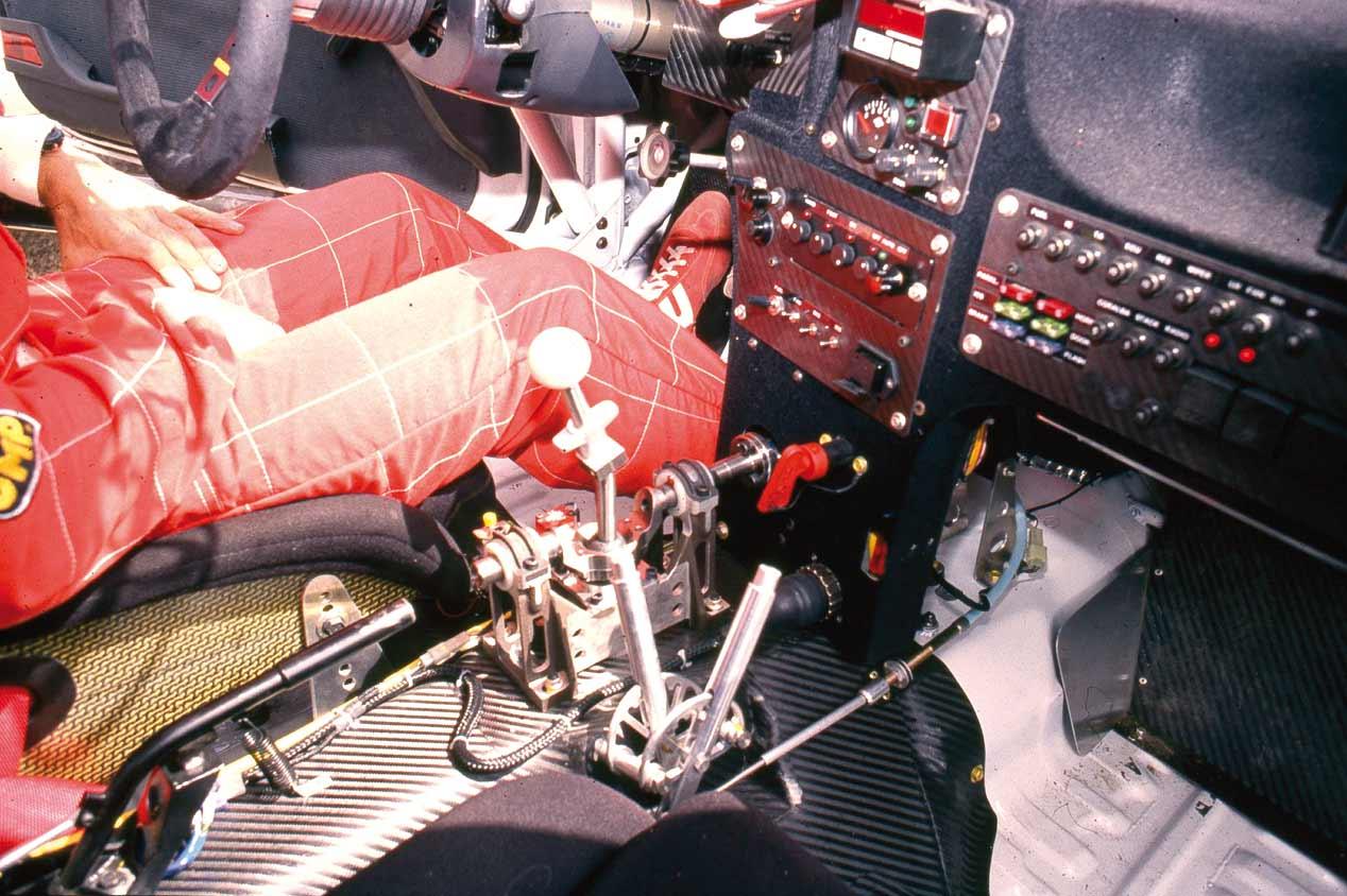 Prueba original del Toyota Celica Turbo 4WD Grupo A de Carlos Sainz, ¡qué cochazo!