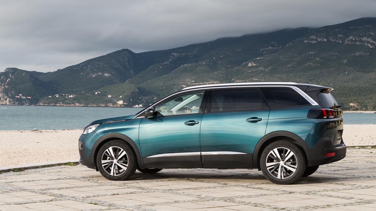 Peugeot 5008 1.6 BlueHDi 120 CV: ¿potencia para 7 plazas?