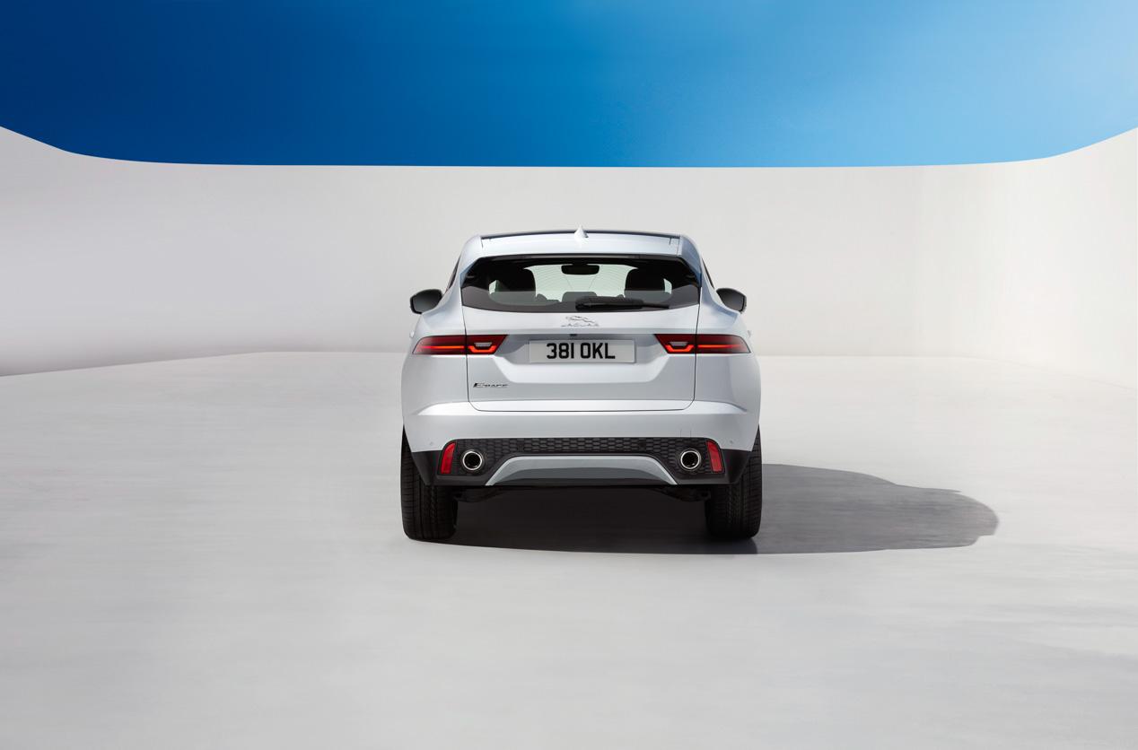 Jaguar E-Pace contra sus rivales BMW X1 y Mercedes GLA