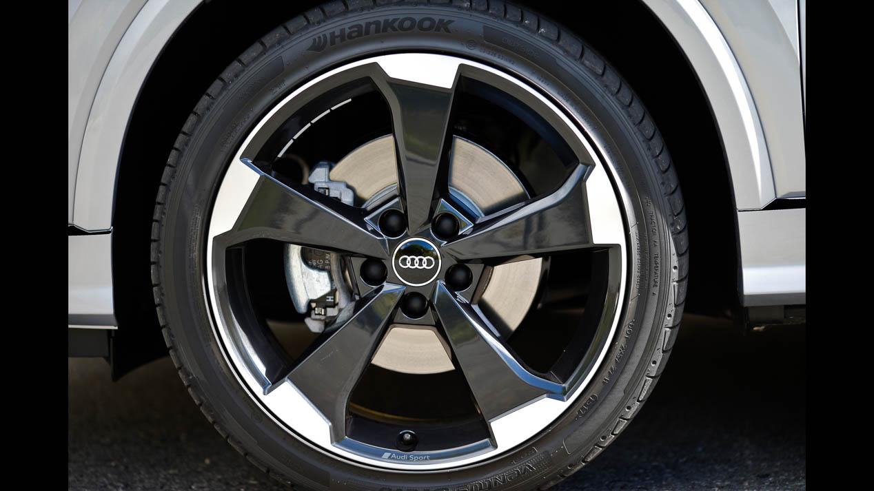 Comparativa: Toyota C-HR vs Audi Q2