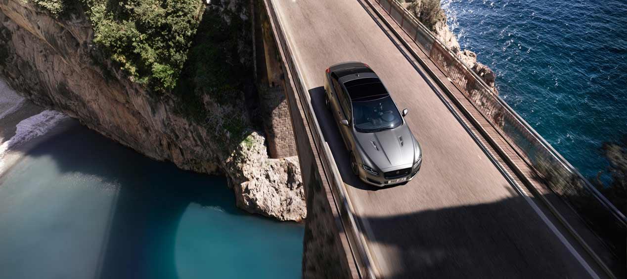Jaguar XJR 575, la berlina más potente de Jaguar