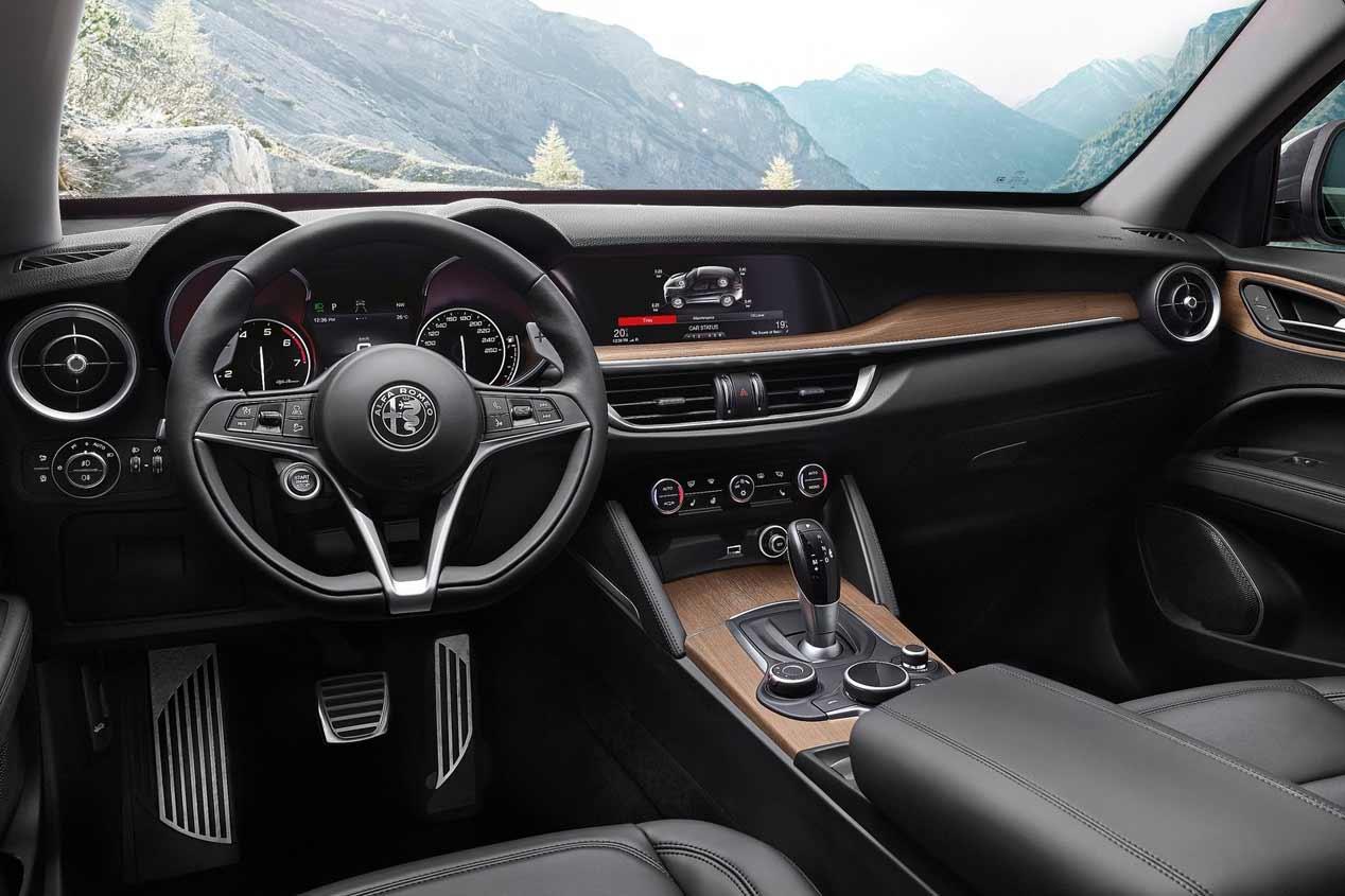 Alfa Romeo Stelvio 2.2D de 180 CV y 2.0 turbo de 200 CV