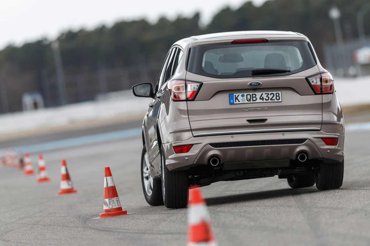 Peugeot 3008, Hyundai Tucson y Ford Kuga, a prueba