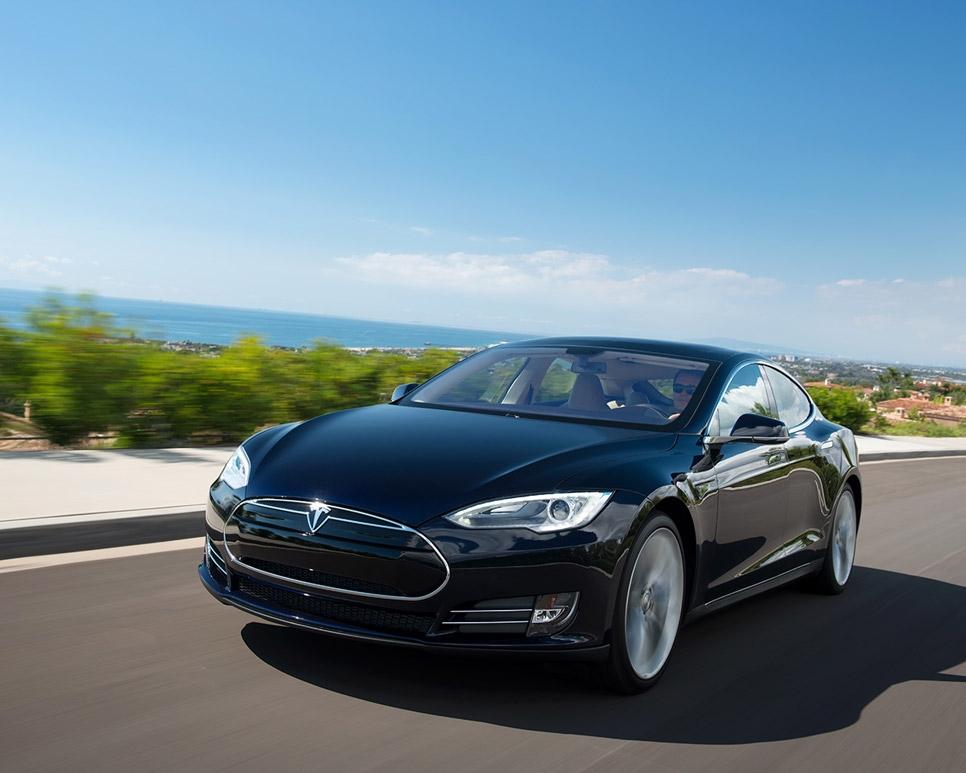 El Tesla Model S ya supera los 1.000 kilómetros con una única carga