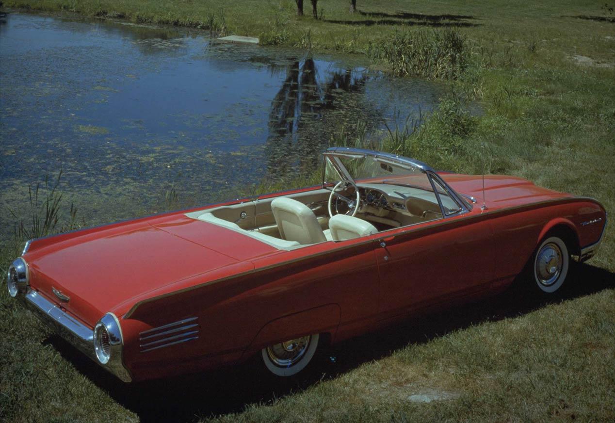 El garaje de coches de Elvis Presley: ¡espectacular!