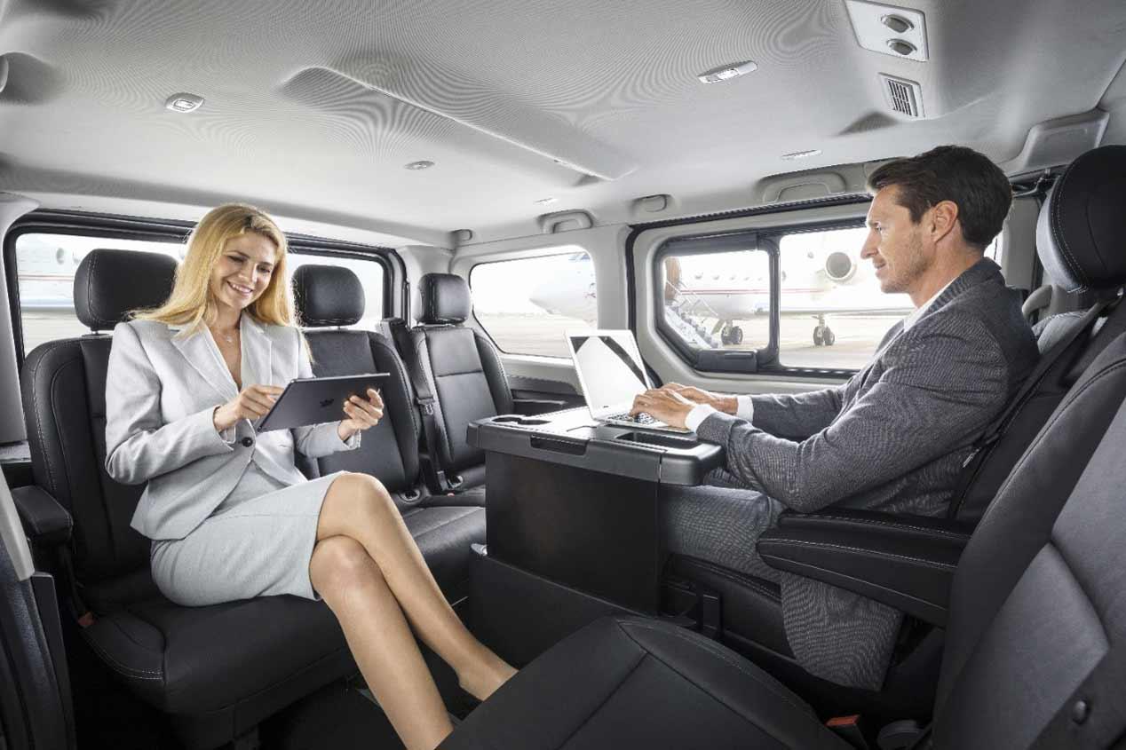 Nuevos Opel Vivaro Tourer y Combi Plus, en fotos