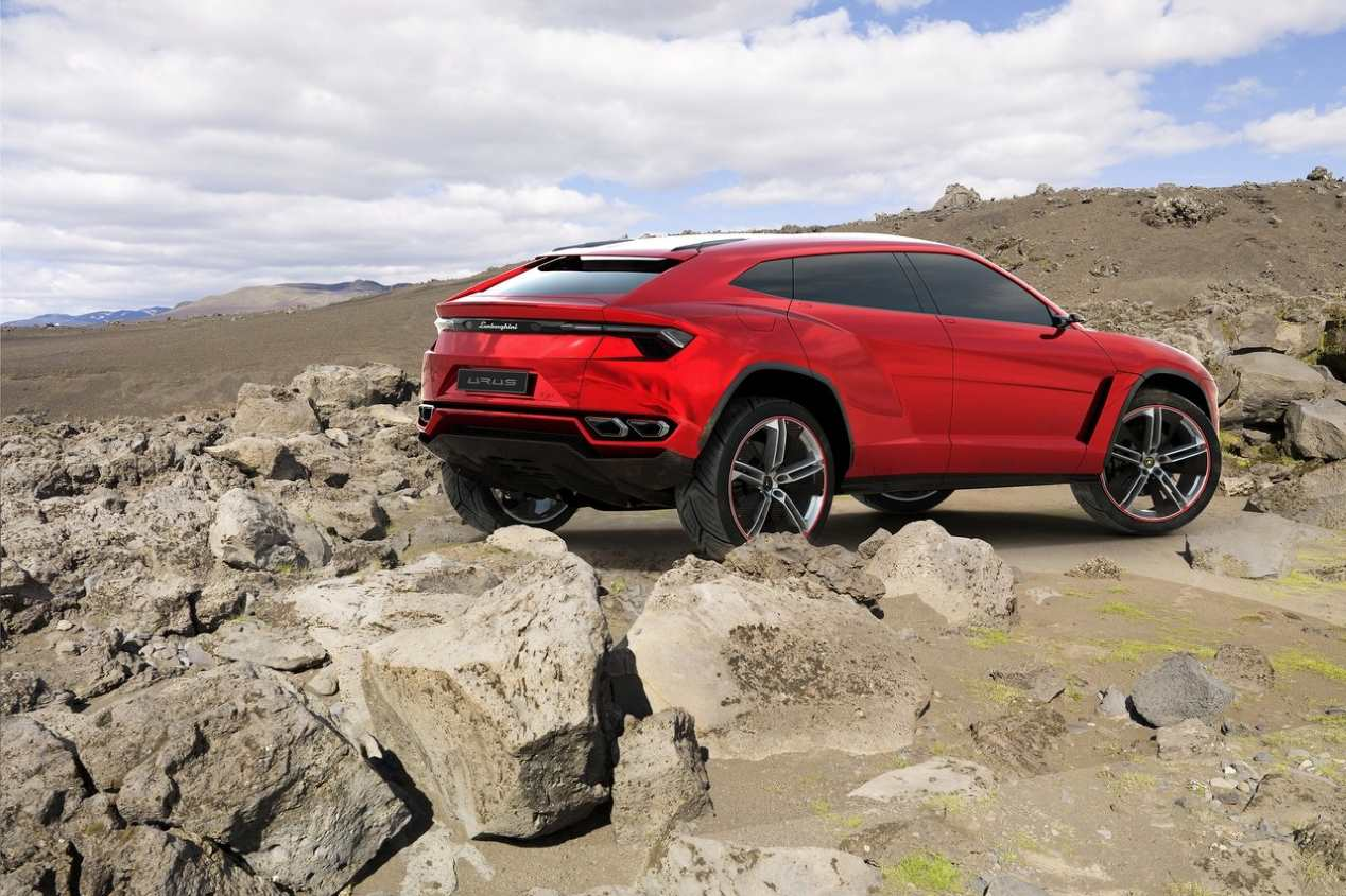 Lamborghini Urus, ¿podría llegar un hermano SUV compacto?