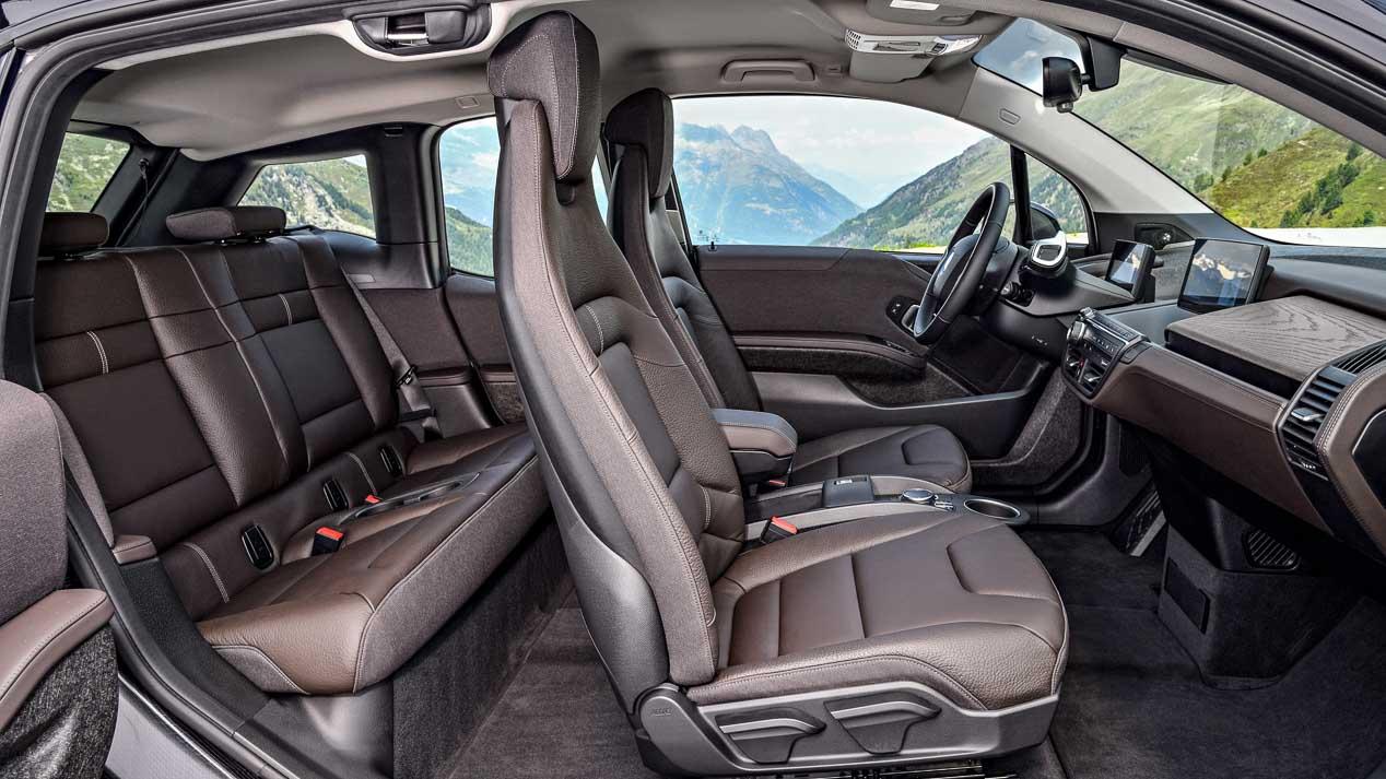 El BMW i3 se renueva mejorando su equipamiento, conectividad y conducción