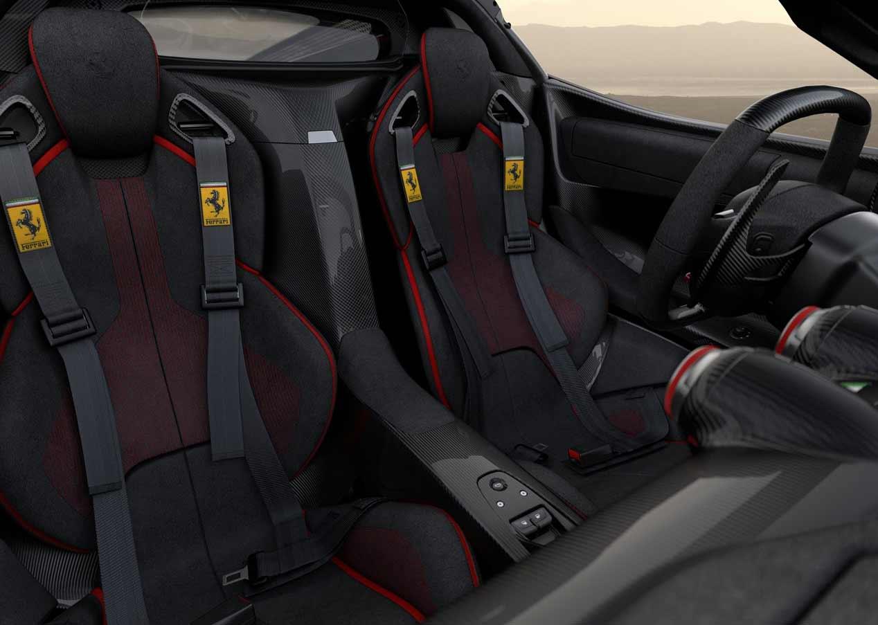 El Ferrari LaFerrari Aperta más solidario