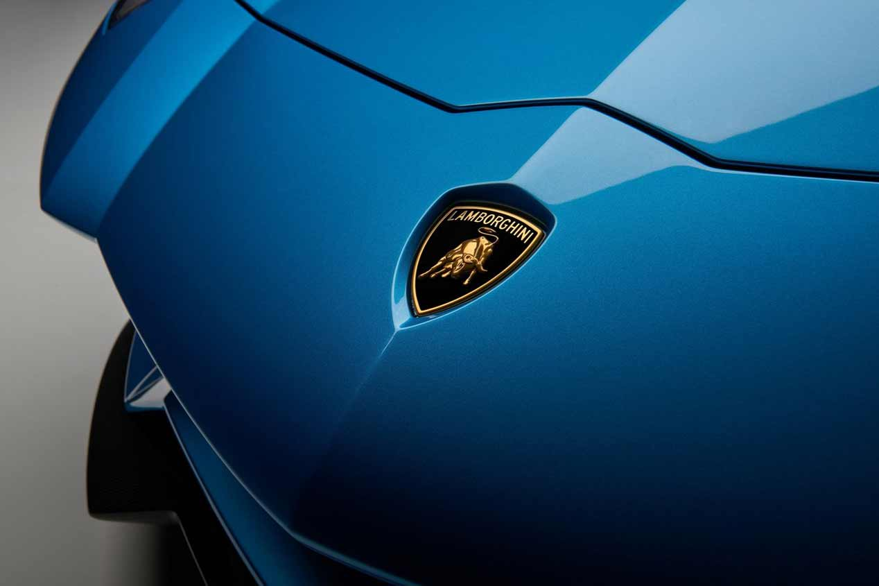 Lamborghini Aventador S Roadster, sus mejores imágenes