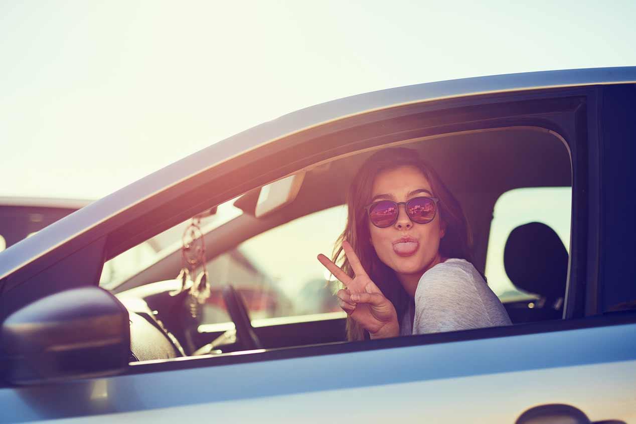 Mujeres frente a hombres conductores: ¿quiénes tienen menos accidentes?