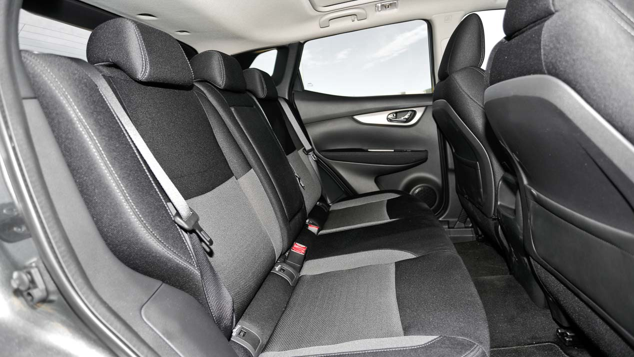 Duelo SUV: Nissan Qashqai 1.2 DIG-T X-TRONIC & Peugeot 3008 1.2 Puretech