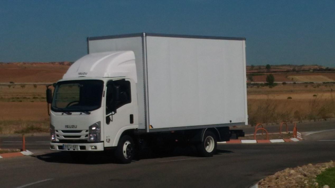 Isuzu M21: los nuevos camiones ligeros