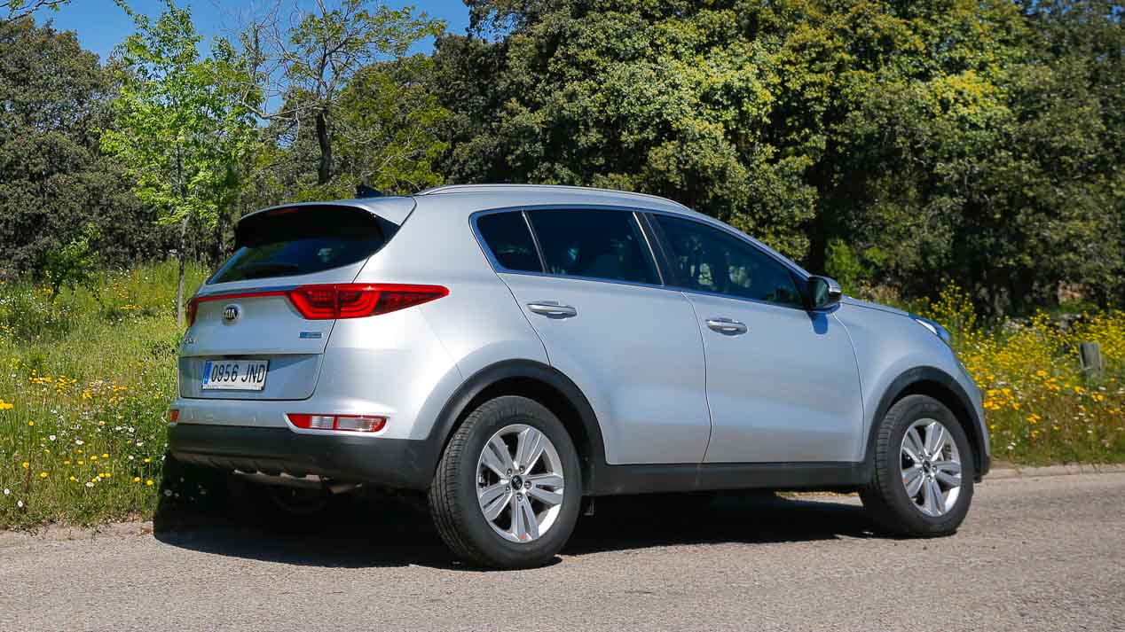 Comparativa SUV: Kia Stonic CRDi vs Niro HEV vs Sportage CRDi