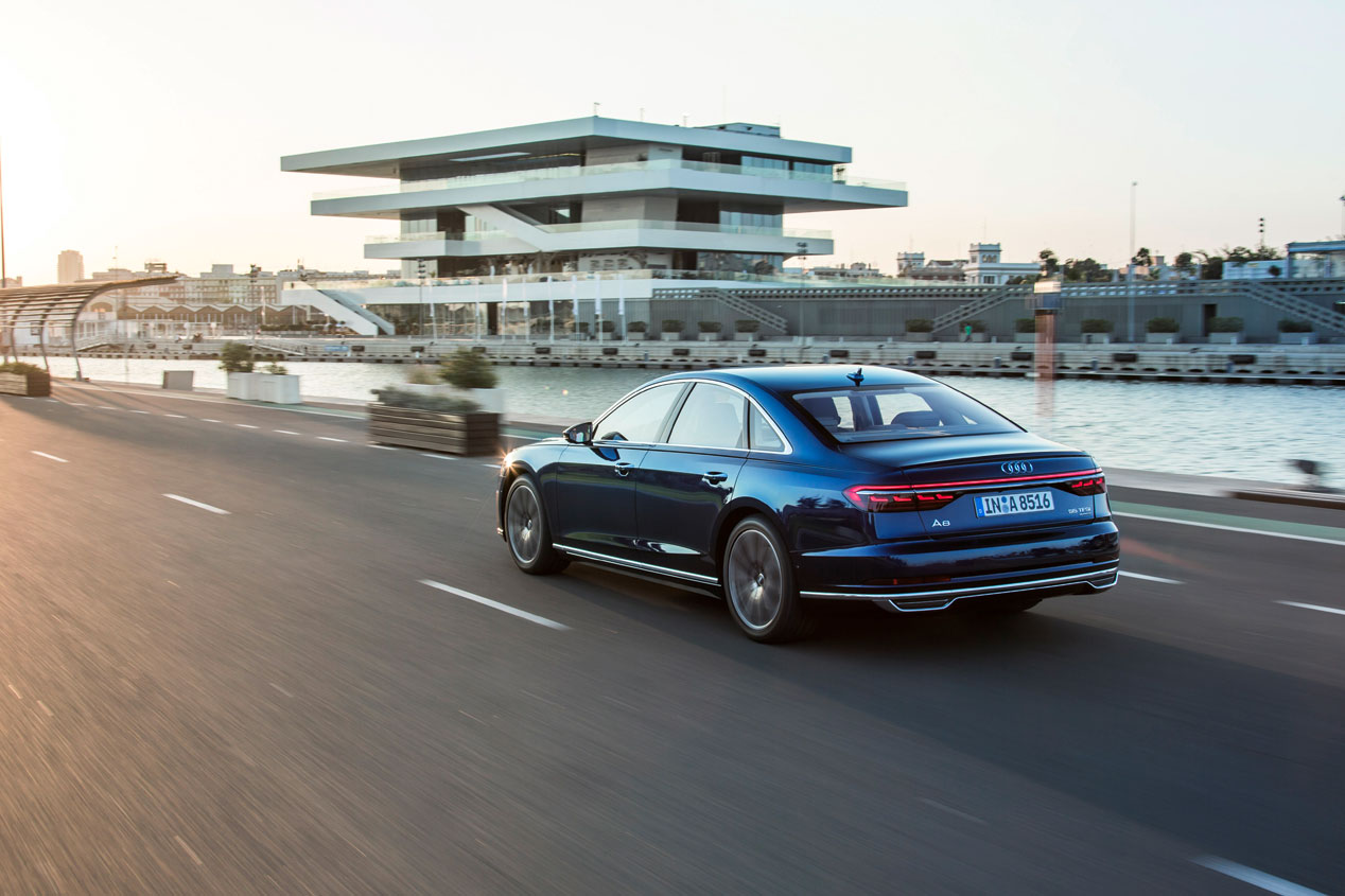 """BMW asegura haber alcanzado """"hace años"""" el mismo nivel de conducción autónoma que Audi"""