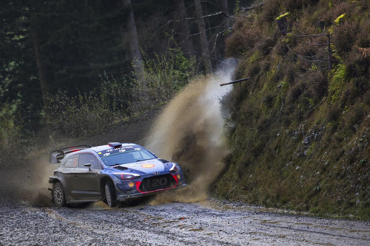 Thierry Neuville en Gales
