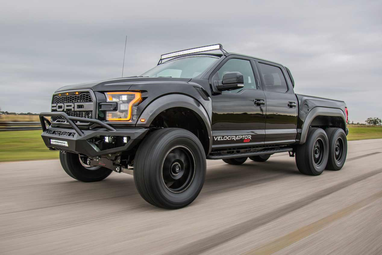 Deportivos, SUV... ¡Y coches de tres ejes! Lo mejor del SEMA 2017
