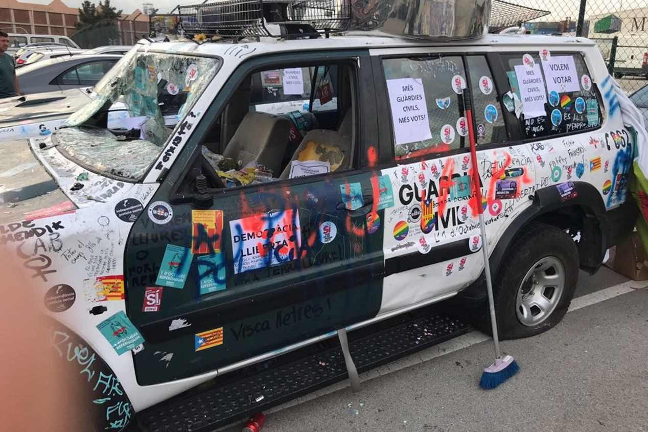 Los coches de la Guardia Civil sufrieron desperfectos por 135.000 € tras las protestas de Barcelona