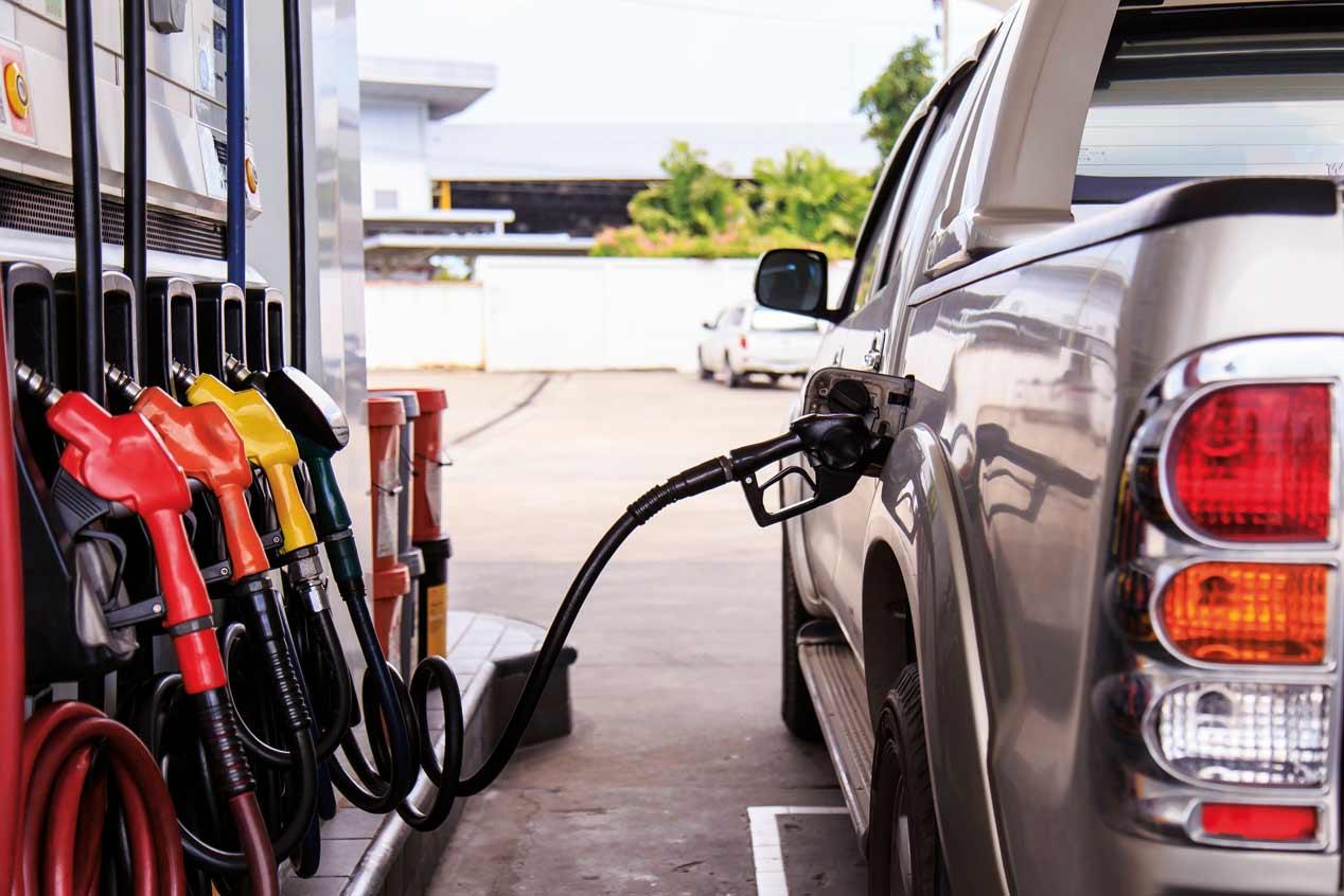 Qué debemos evitar en una gasolinera