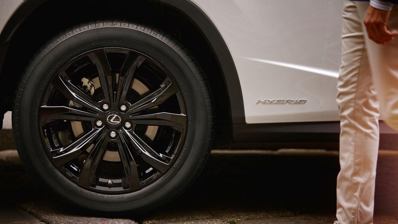 Lexus RX 450h Sport, nuevo acabado para el SUV de lujo híbrido