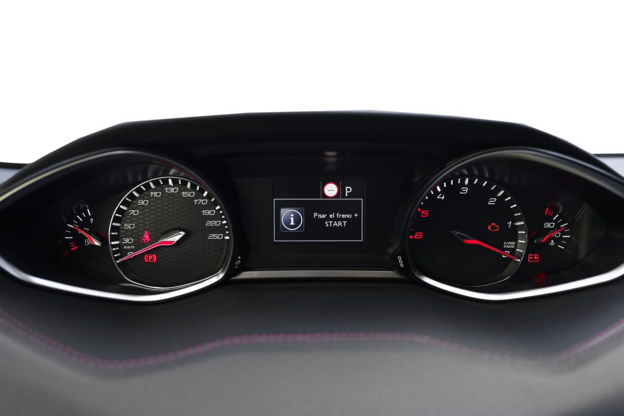 Peugeot 308 2.0 BlueHDI EAT8: primeras impresiones