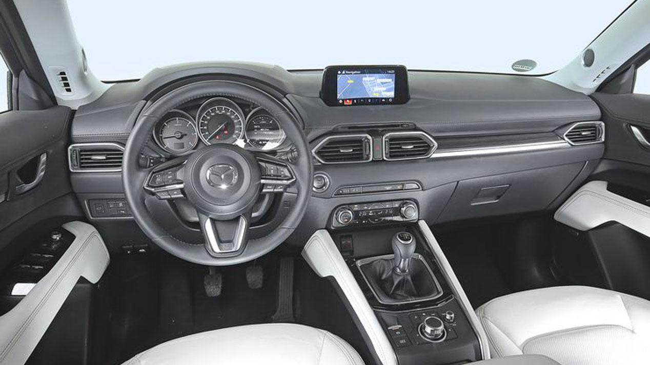 Renault Koleos, Skoda Kodiaq, Peugeot 5008 y Mazda CX-5: ¿cuál es mejor SUV?