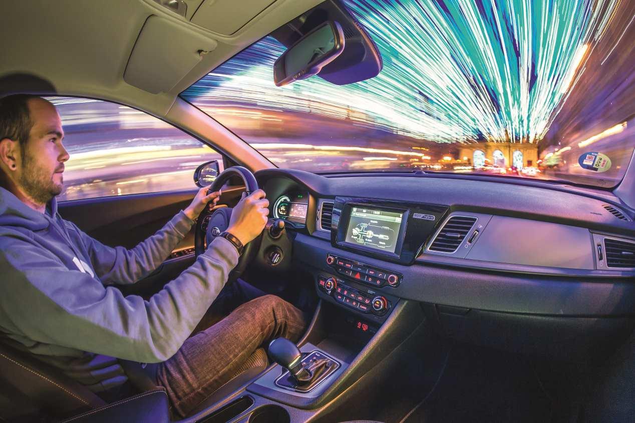 AUTOPISTA supera el récord Guinness de consumo con un Kia Niro