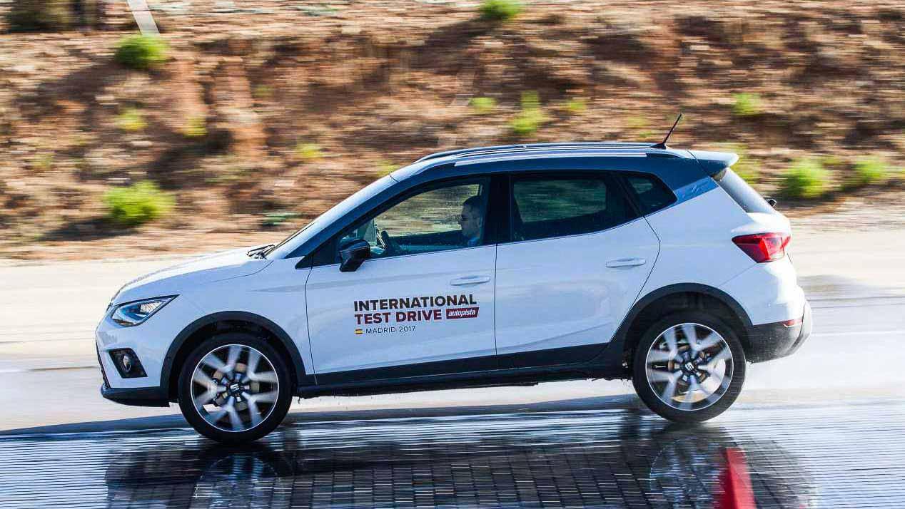 Comparativa de SUV utilitarios: Seat Arona, Citroën C3 Aircross, Kia Stonic, Hyundai Kona y Opel Crossland X