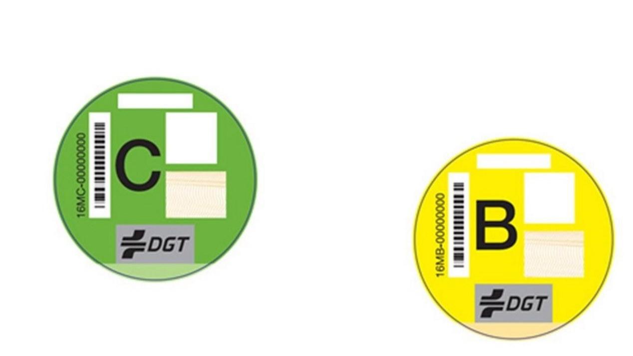 Etiquetas ecológicas de la DGT: ¿son obligatorias?