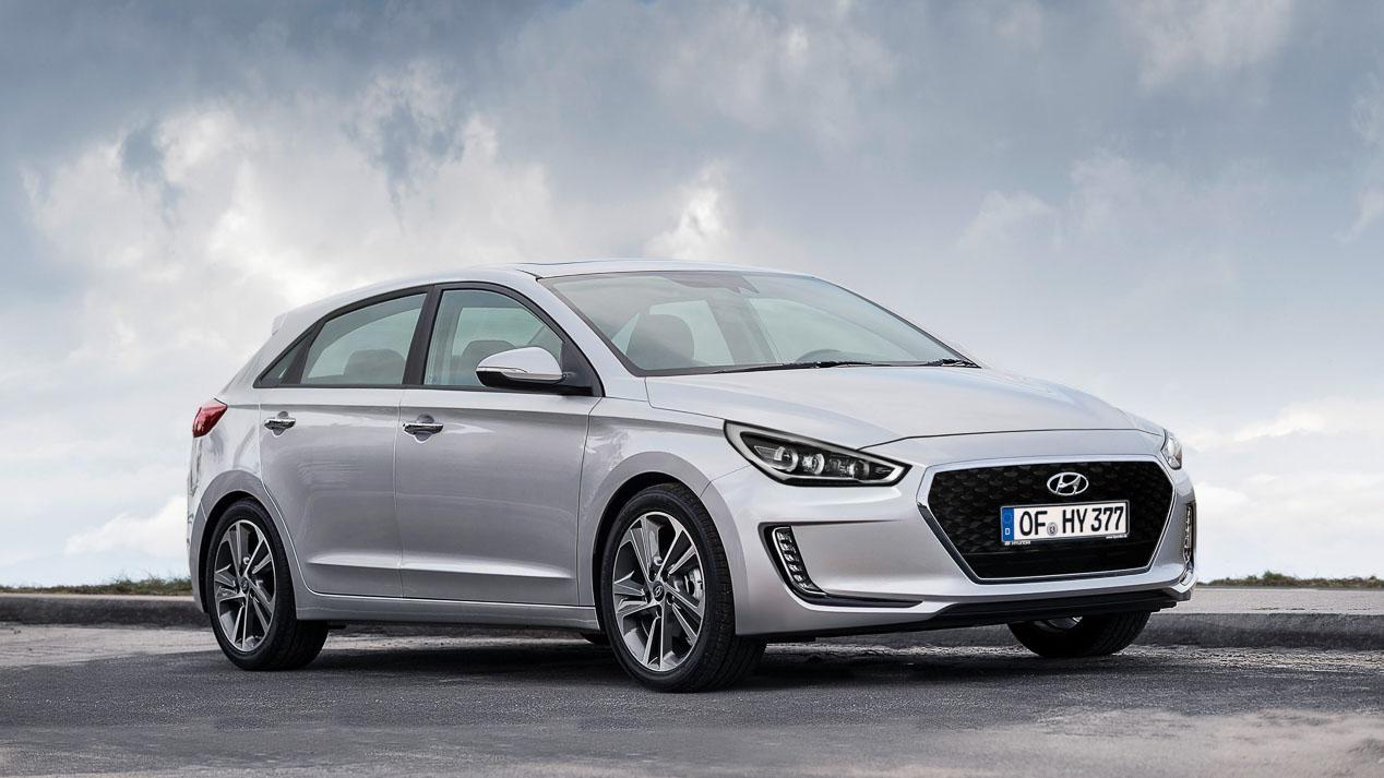 Los coches mejor valorados en España en 2017 en Internet