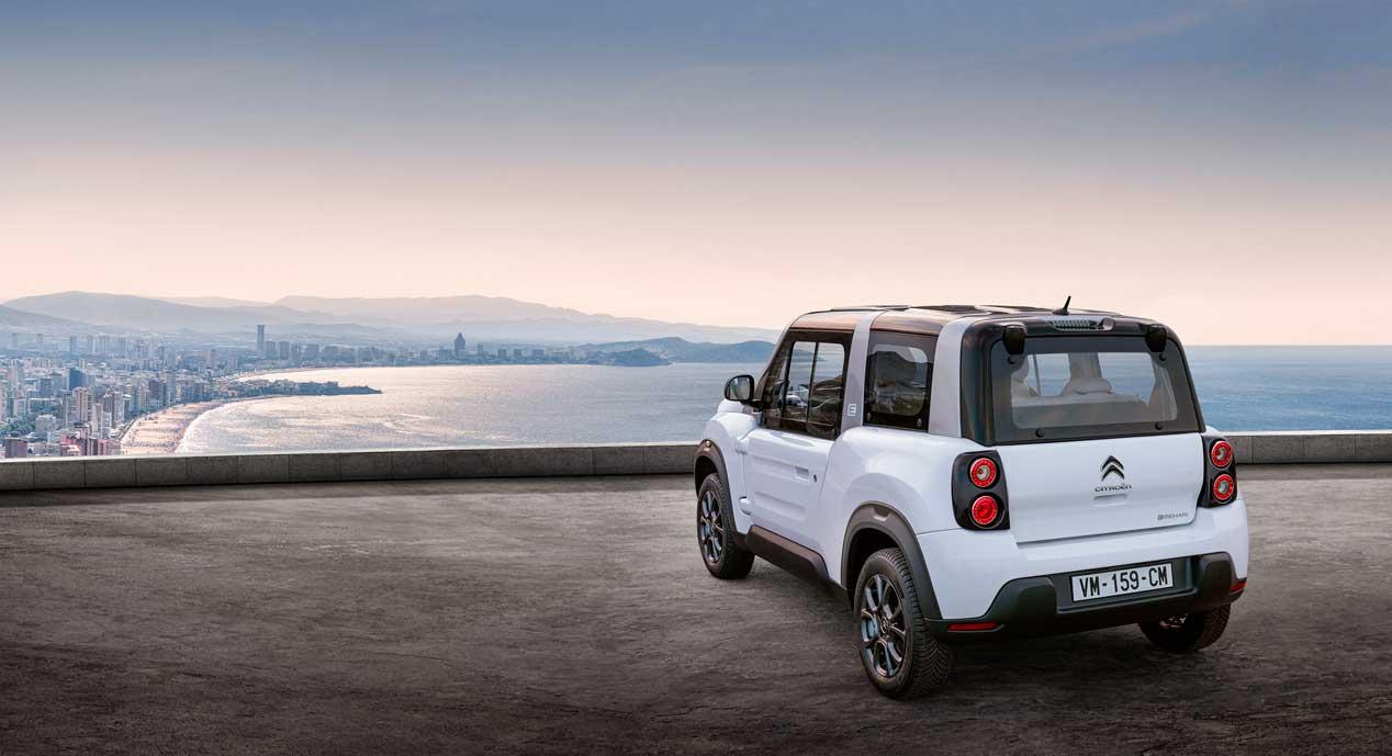 Citroën renueva el e-Mehari con un nuevo techo rígido
