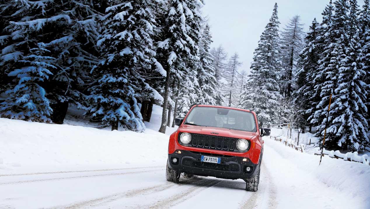 Circula seguro en nieve con los siguientes consejos