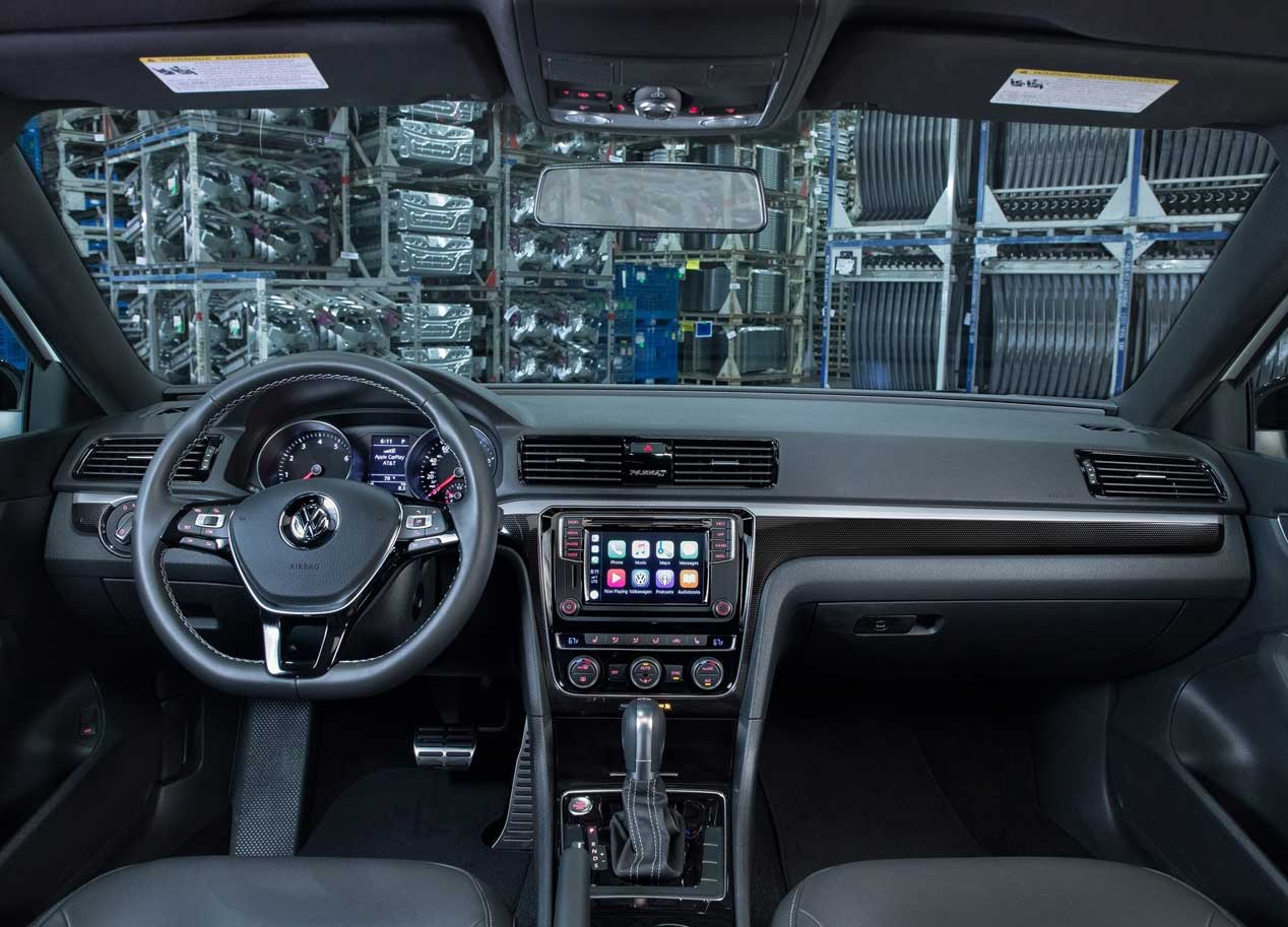 VW Passat GT Interior