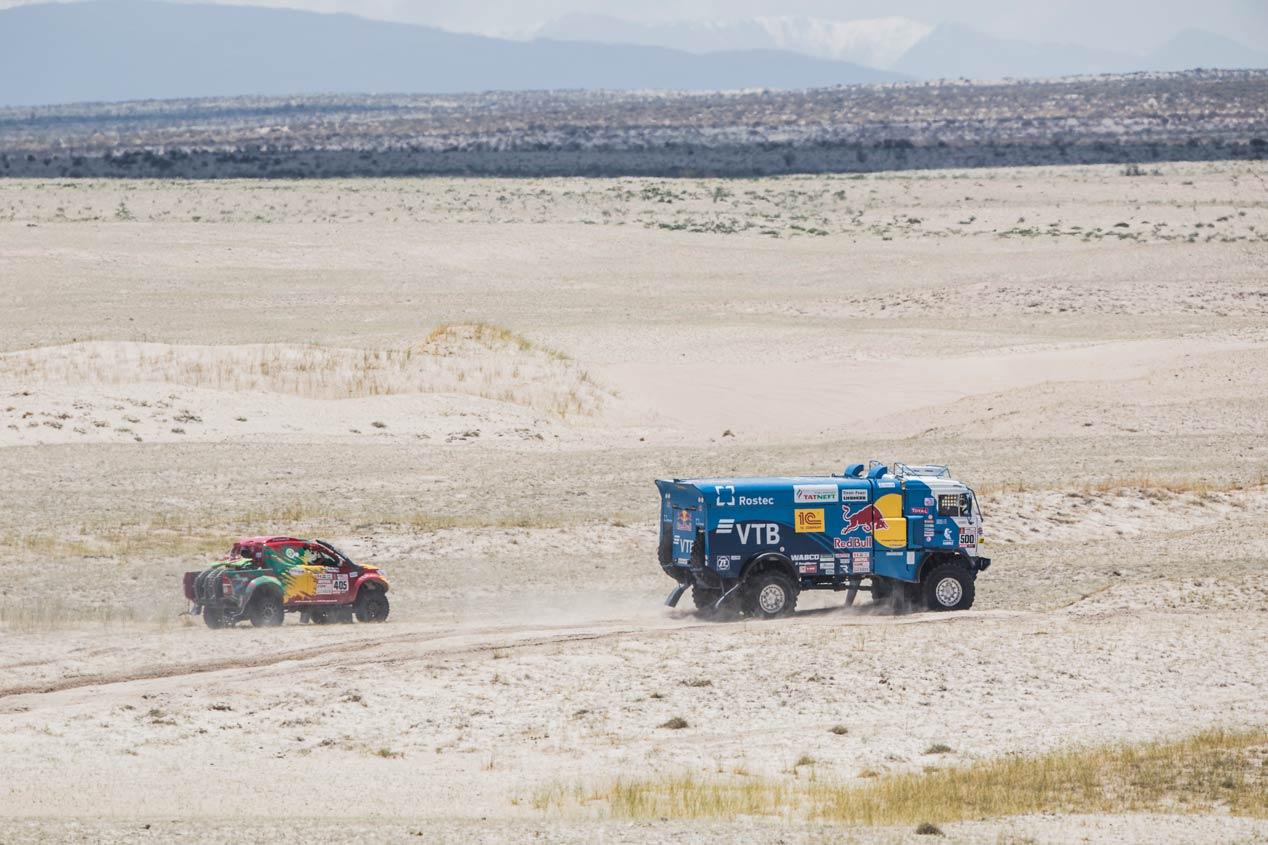 La etapa 10 del Dakar 2018, en fotos