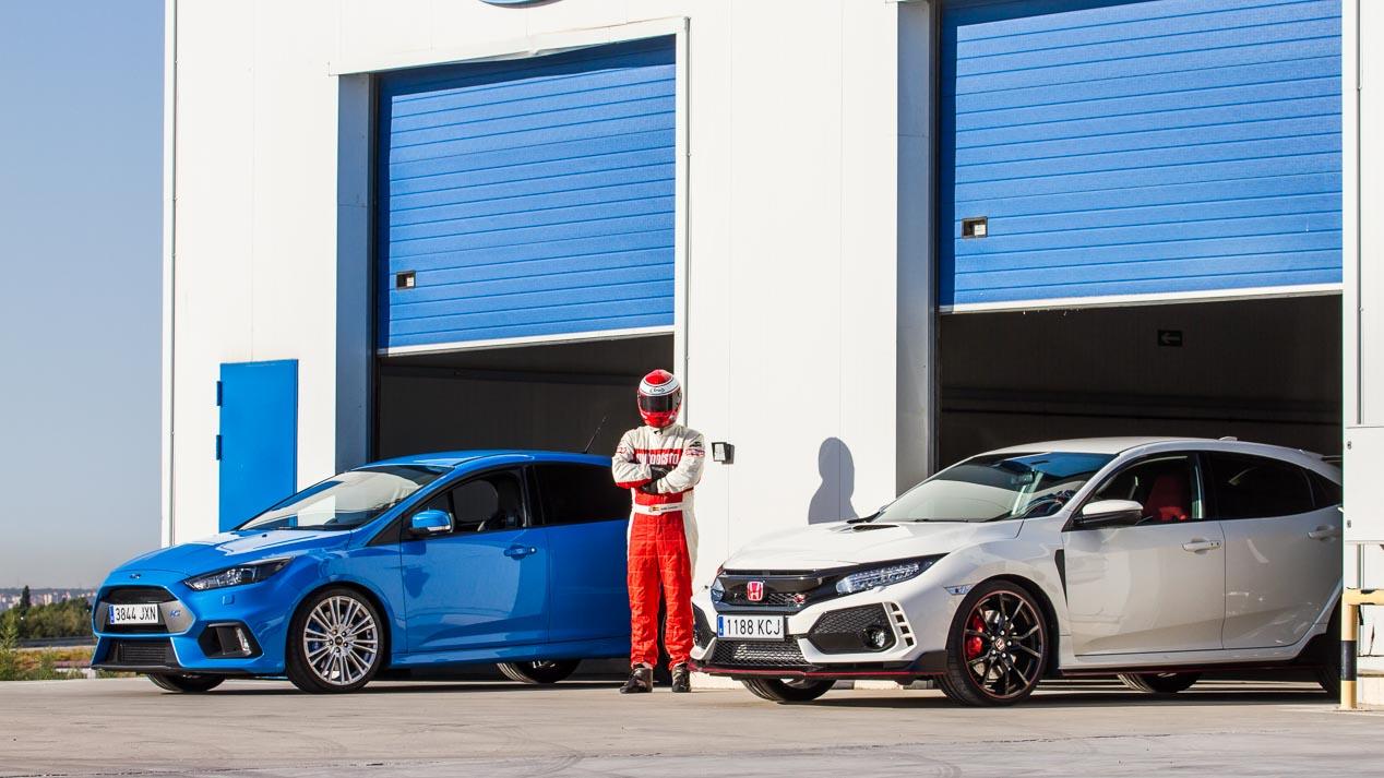 Ford Focus RS vs Honda Civic Type R: duelo de compactos deportivos muy rápidos