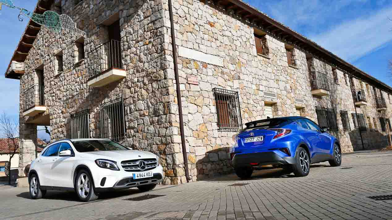 Comparativa Mercedes GLA 180 vs Toyota C-HR