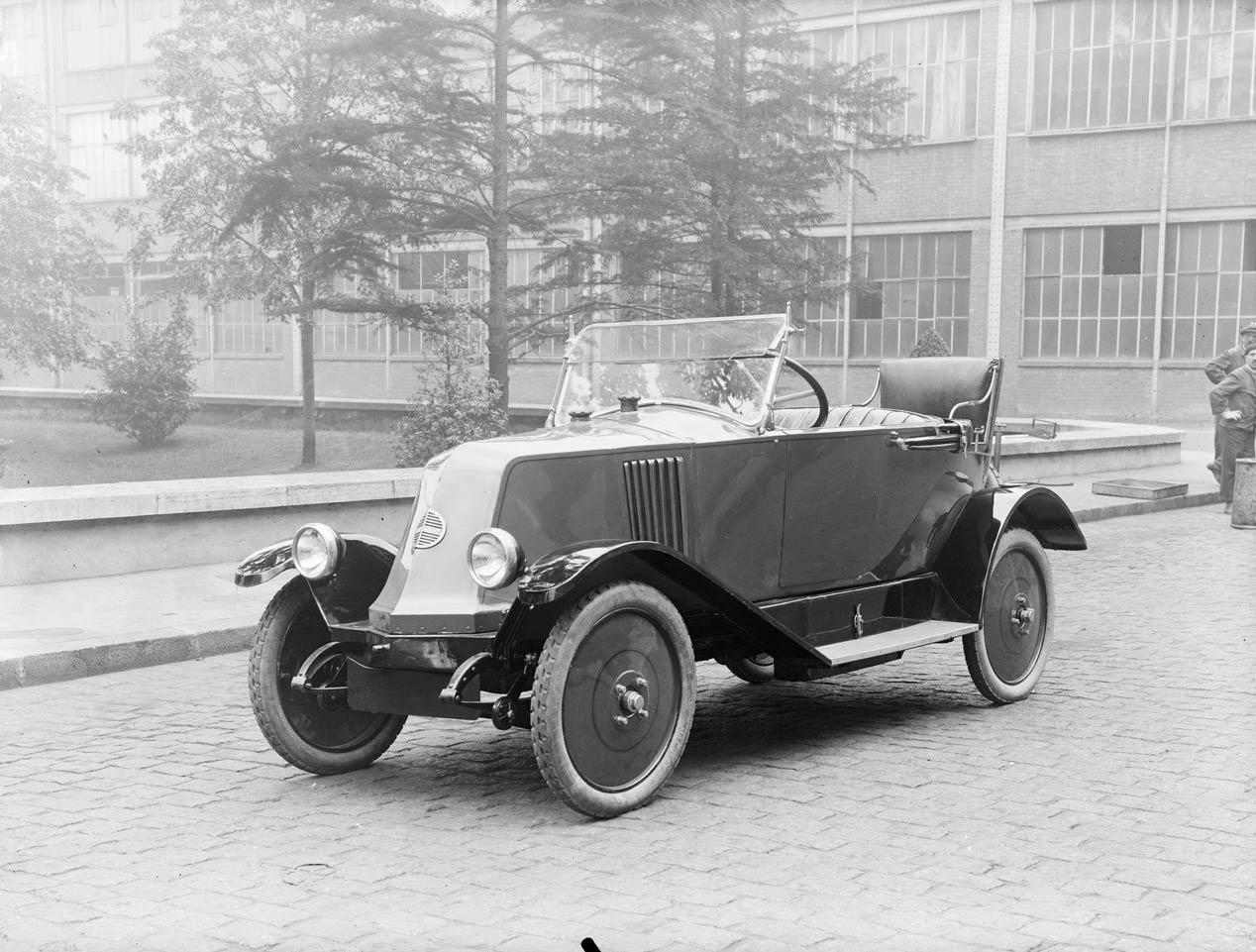 120 años de historia de Renault en 20 coches históricos